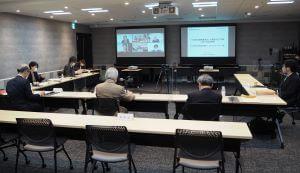 人材確保など議論 社会福祉連携推進法人検討会