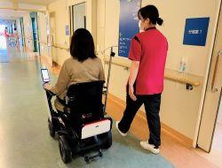 産科病棟で自動運転モビリティの実証を開始